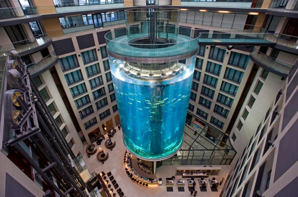 Аквариума Aquadom, Берлин