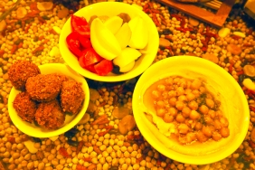 Хумус и фалафели