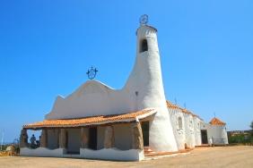 Църква в Порто Черво