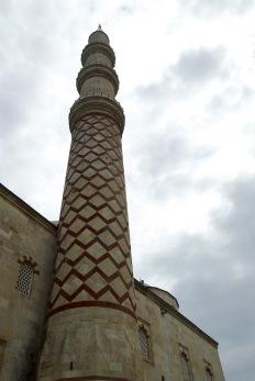 Минарето на Юч Шерефели джамия