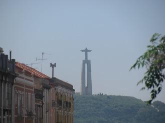Статуята на Христос в Лисабон