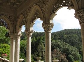 Изглед от двореца Монсерат