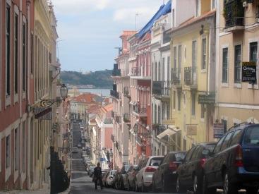 По улиците на Лисабон