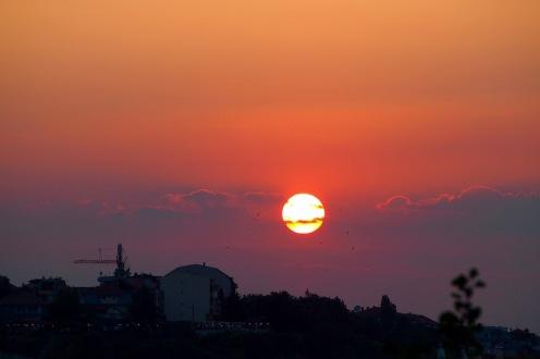 Залез над Несебър
