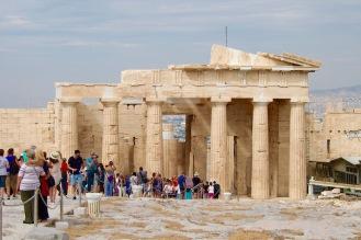 Пропилеите – монументалния вход на Акропола в Атина.