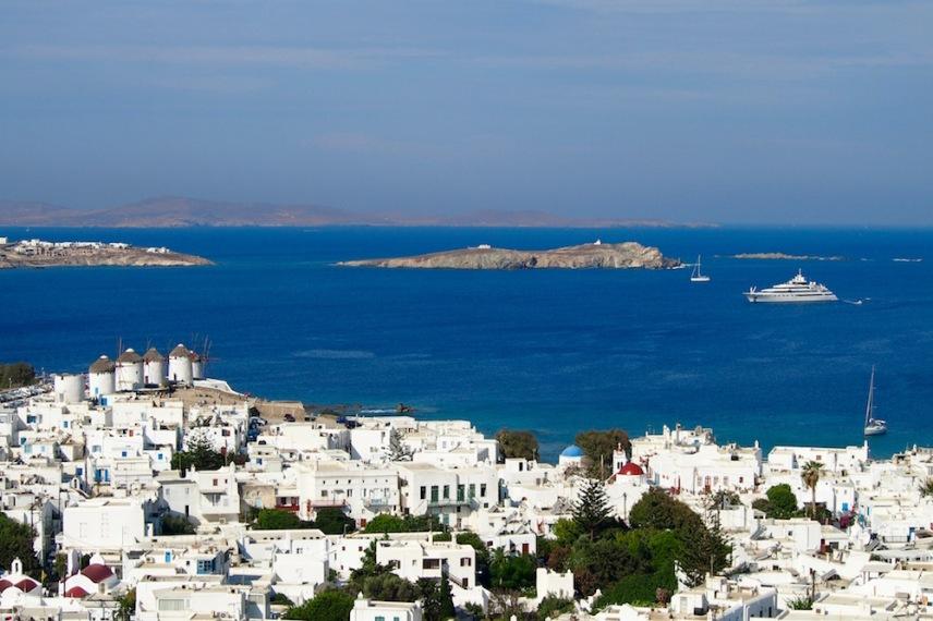 Град Миконос, известен също и като Хора