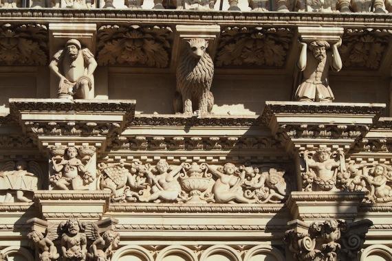 Детайл от бароковата църква Санта Кроче