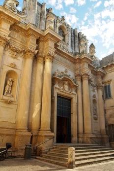Една от многото църкви в Лече