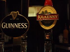 В един от многото пъбове в Дъблин