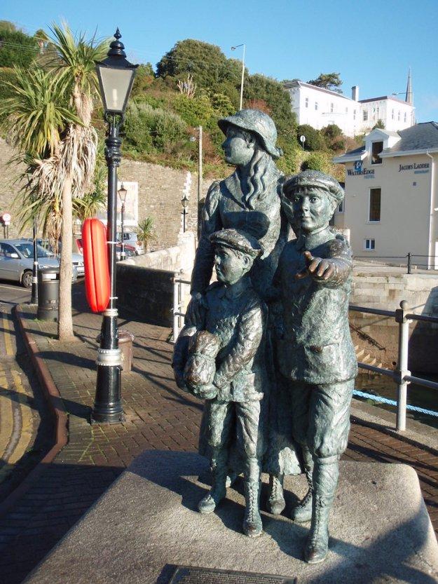 Статуята Annie Moore