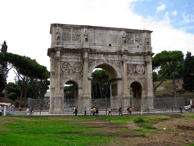 Арката на император Константин