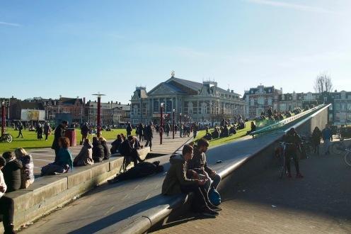 Следобед в Амстердам