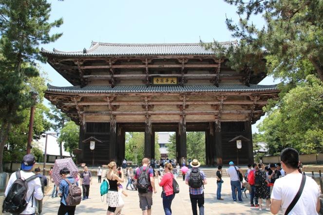 Първата порта на храма Тодай-джи
