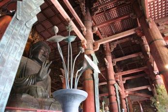 Храмът Тодай-джи е най-голямата дървена постройка в света, изградена изцяло от кедър.