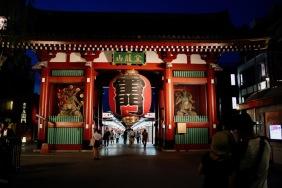 Главната порта – Каминаримон на храма Сенсо-джи