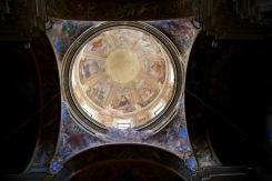 Една от много църкви в Неапол.