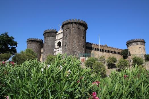 Новия замък