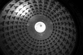 Купола на базиликата Сан Франческо ди Паола