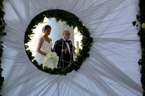 На сватба в Неапол