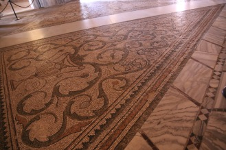 Базиликата Сан Витале, Равена