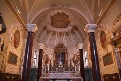 Олтарът на базилика Сант Аполинаре Нуово