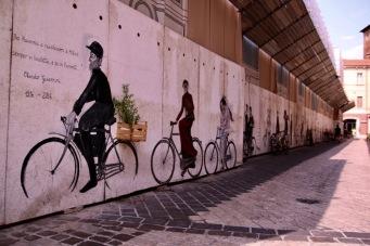 Из улиците на Равена