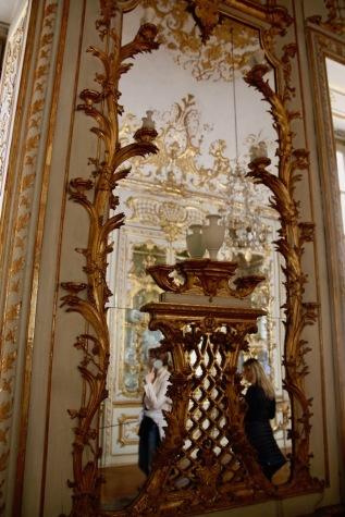 Порцелановия кабинет в мюнхенската резиденция.