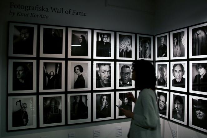 Стената на славата във фотографската галерия.