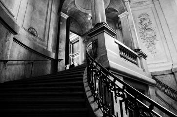 Стълбището към кралския параклис.
