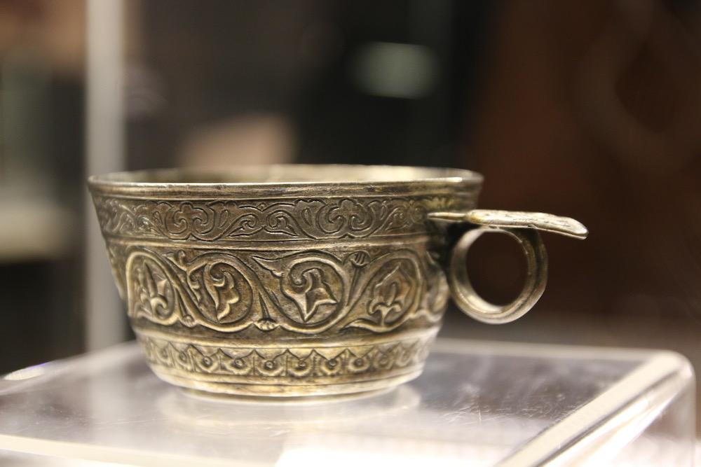 Чашата на великия жупан Сивин във Велики Преслав