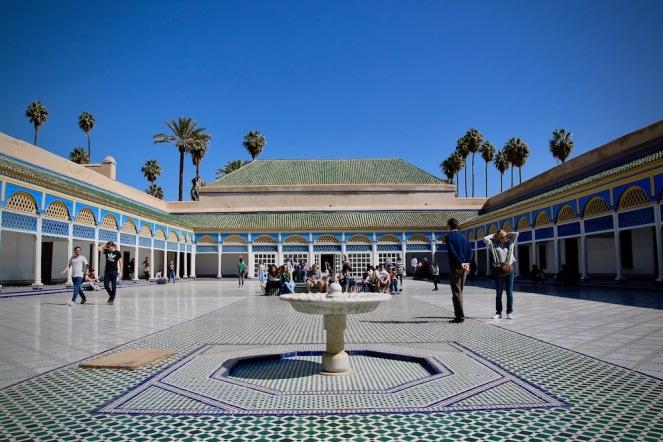 Един от вътрешните дворове на двореца Бахия.