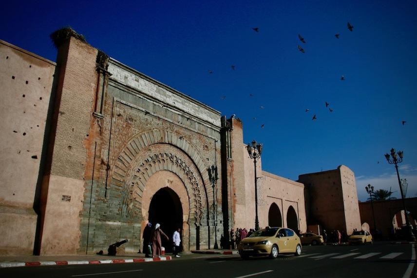 Главната порта на медината в Маракеш - Баб Агнау.