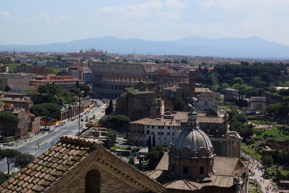 Нивото на древен Рим е с 8-15 метра по-ниско от това на днешния.