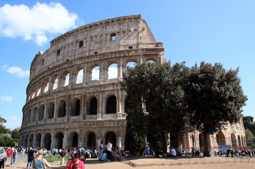 Колизеумът е инженерно и архитектурно чудо.