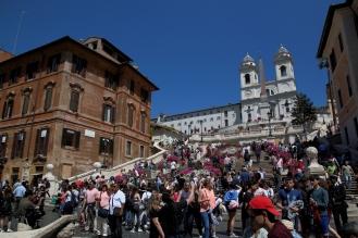 Испанските стълби и църквата Тринита дей Монти.
