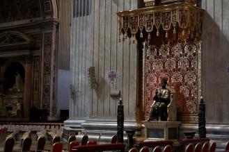 Статуята на Свети Петър.