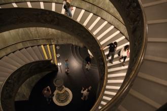 Стълбището, проектирано от Джузепе Момо през 1932 г.
