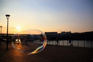 Залезът над Темза.