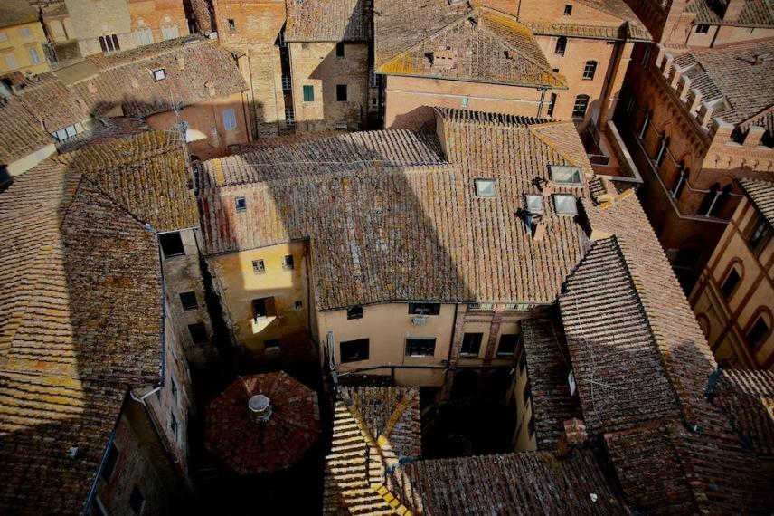 Покривите на Сиена.
