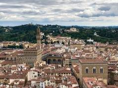 Панорамна гледка от камбанарията на катедралата.