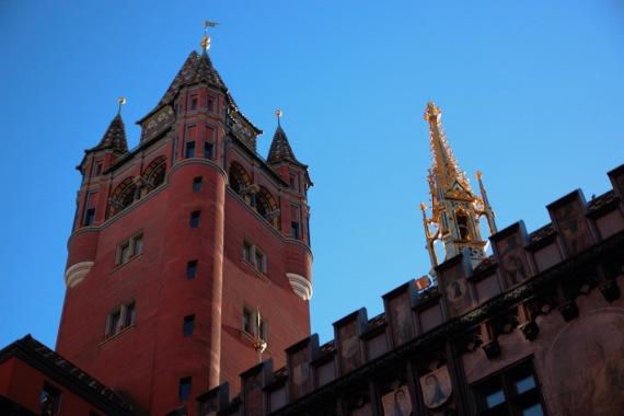 Голямата кула.