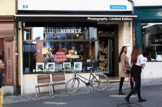 Магазин за фотография в стария град.