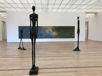Скулптури-Алберто Джакомети, картина-Клод Моне, фондация Байелер.