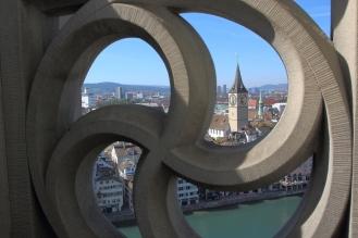 Гледка от кулата на църквата Гросмюнстер.
