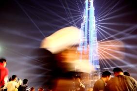 Бурж Халифа и тълпата туристи