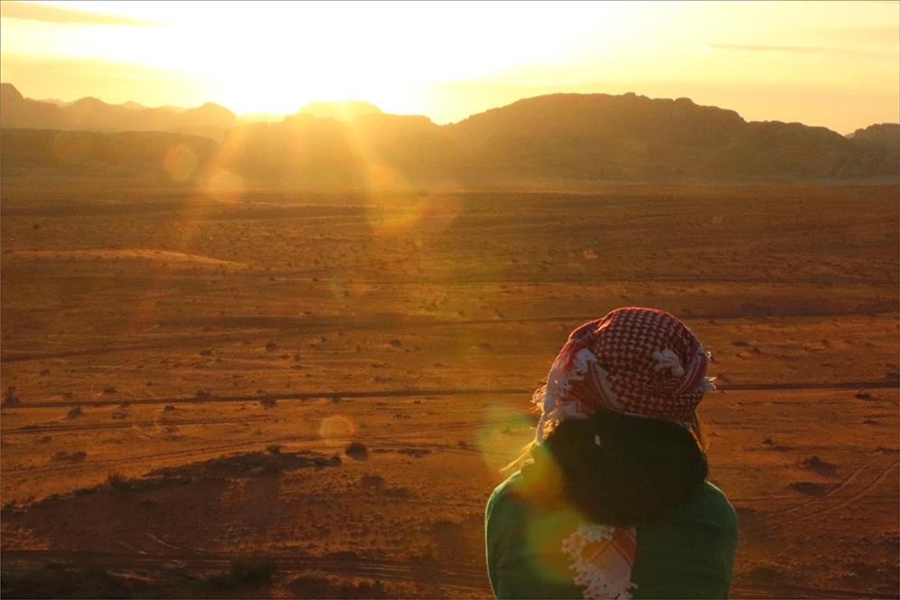 Залезът е едно от най-епичните преживявания в йорданската пустиня Вади Рум.