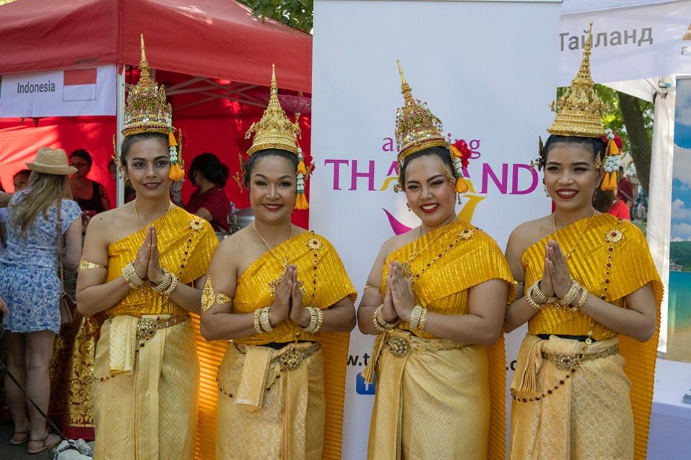 На щанда Тайланд.