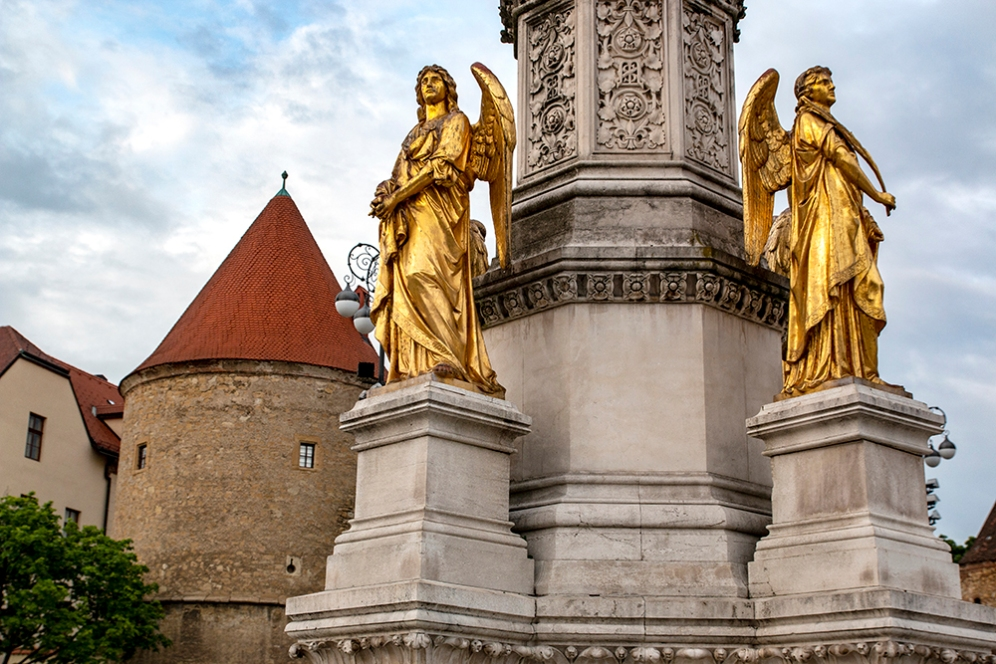 Статуите на площад Каптол.