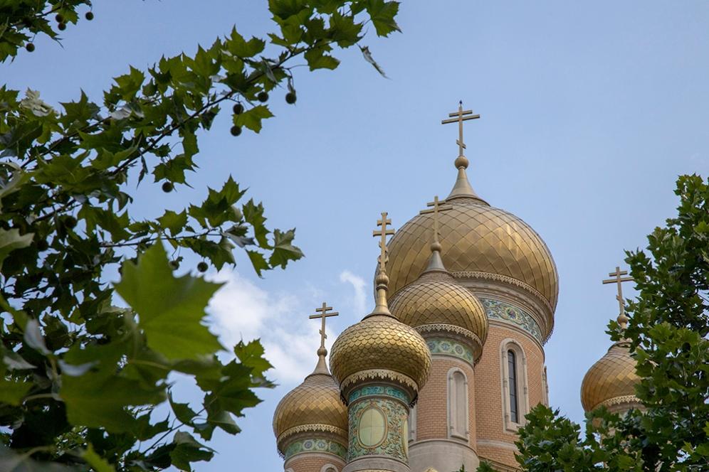Руската църква.