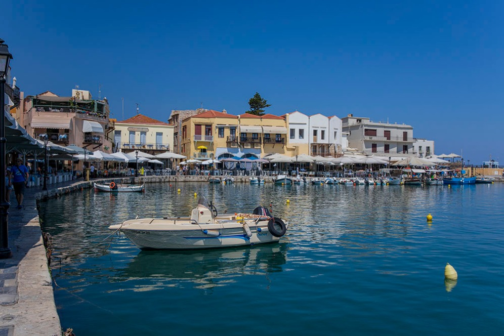 Малкото пристанище в Ретимно.